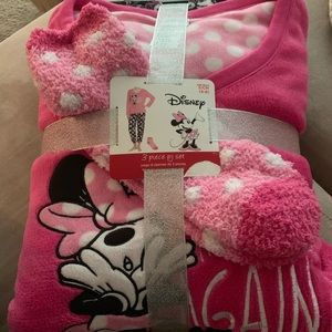 Women's Disney Minnie Mouse 3 piece Pajamas